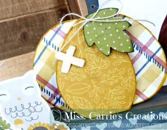 FallHomeDecorWagon-YellowPlaidPumpkin-misscarriescreations