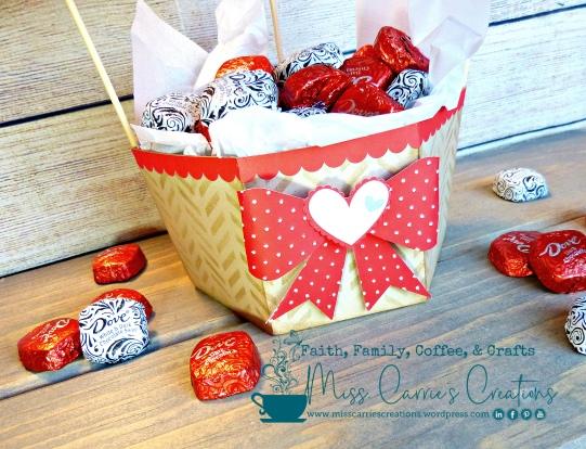 MissCarriesCreations-ValentineBalloonBasket